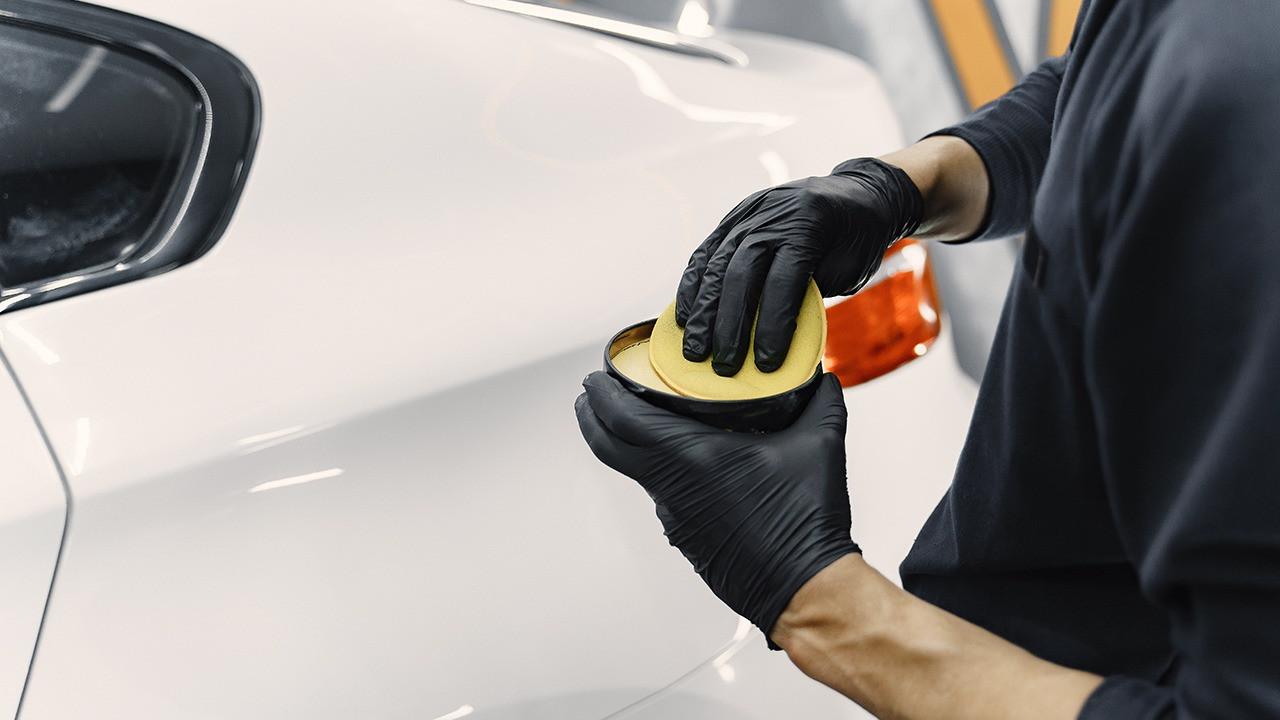 Как убрать царапины на автомобиле своими руками