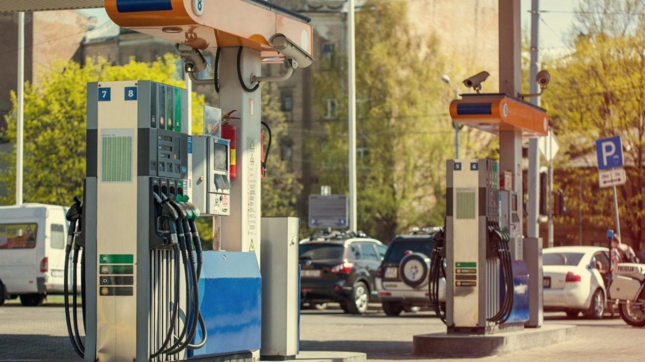 Стоимость топлива резко начала ползти вверх